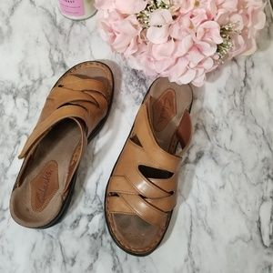 Clark's genuine leather sandals